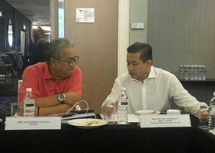 Eddie Razak and Datuk Ahmad A Talib JP Chairman of Yayasan Salam