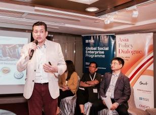 Eddie Razak speaking at Asia Policy Dialogue in Hong Kong, May 2016