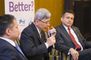 Eddie Razak with Mark Rozario and YB Datuk Seri Man Siew Keong at launch of Berbudi Berganda