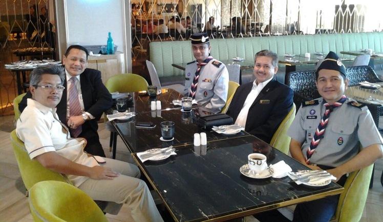 Eddie Razak hosting lunch for Datuk Rahimi SUSK YBM WP
