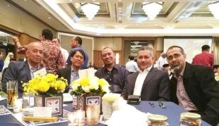 Eddie Razak with Rizal Mansor, Rizal Ishak, Azmel Mansor and Johan Razak