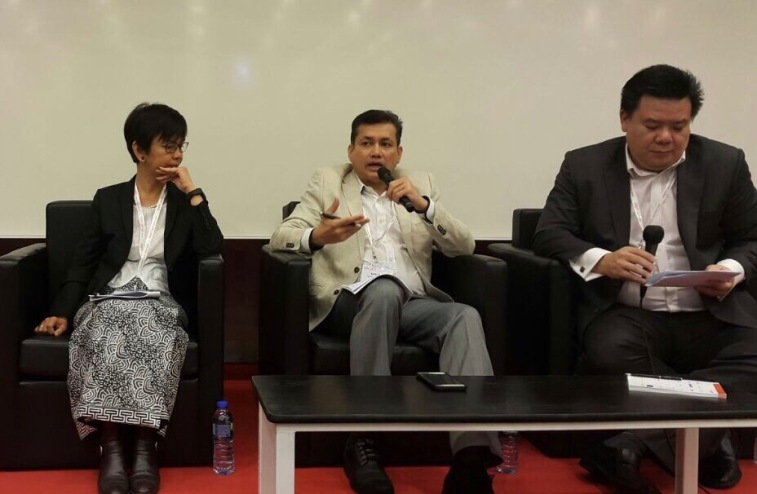 Eddie Razak, Puan Sri Maimon Ghani Patail and Jeffrey Saw in Hong Kong at AVPN Conference May 2016