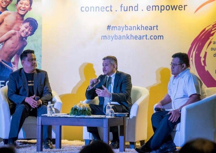 Eddie Razak speaking at the launch of MaybankHeart - Nov 2016