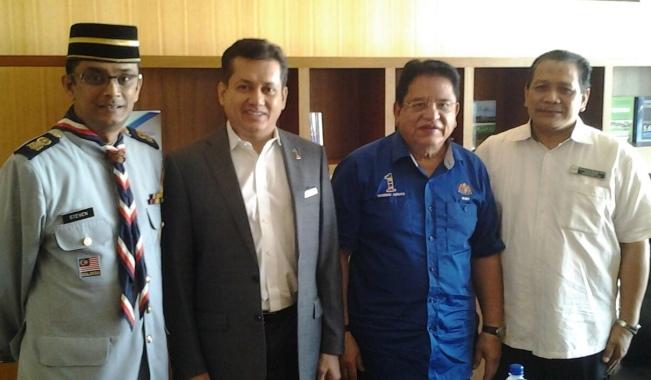 Eddie Razak visiting Minister YB Datuk Seri Utama Tengku Adnan - Jan 2016