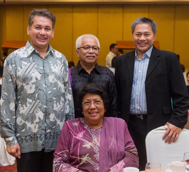 Eddie Razak with AIM Social Impact Committee members