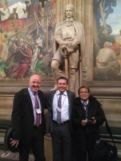 Eddie Razak with Andrew Muirhead AVPN and Datuk Wee Beng Ee KPWKM in London Nov 2014
