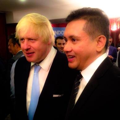Eddie Razak with London Mayor Boris Johnson