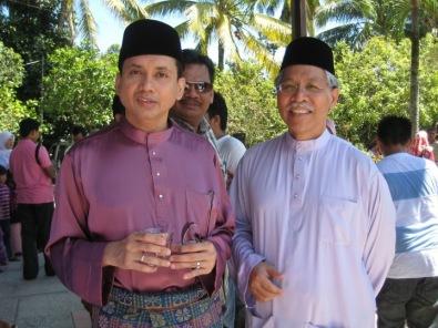 Eddie Razak with Minister YB Dato Seri Idris Jusoh in Jerteh Terengganu