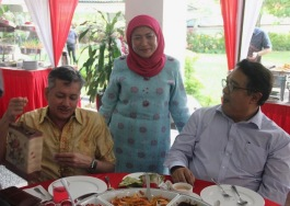 Eddie Razak, YB Datuk Seri Hajjah Nancy Shukri and Shahrilnazim Shaari Suruhanjaya Tenaga Head of Legal